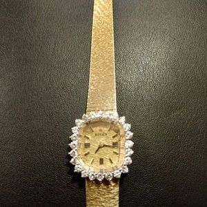 Stunning Rolex comes with paper